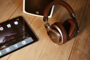 หูฟังแบบครอบหู On-ear Headphone ยี่ห้อไหนดี