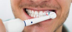แปรงสีฟันไฟฟ้า ยี่ห้อไหนดีที่สุด สำหรับเหงือกและฟันของคุณ ในปี 2020