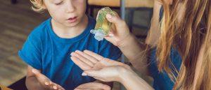 เจลล้างมือแอลกอฮอล์ ยี่ห้อไหนดี ปี 2021 - ป้องกันตัวเองจาก โควิด 19
