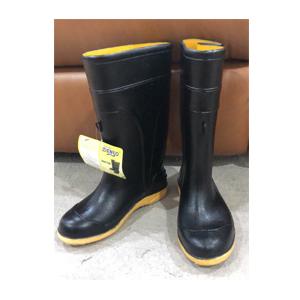 รองเท้าบูทกันน้ำ Denso