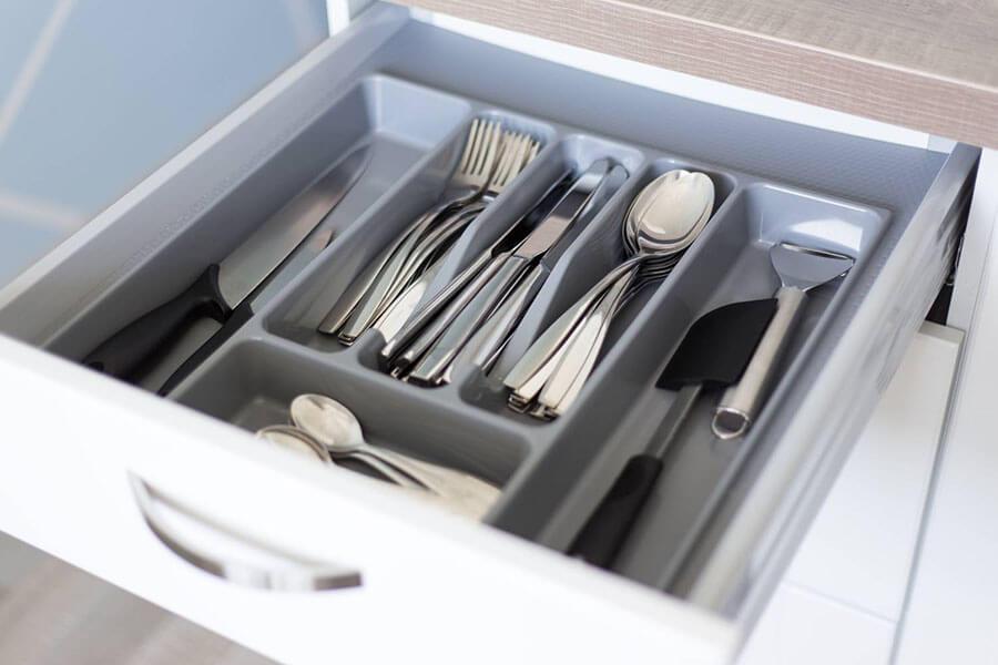 ชุดช้อนส้อม ยี่ห้อไหนเพิ่มสไตล์บนโต๊ะอาหารดีที่สุด