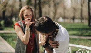 วิธี จับผิด แฟน / สามี ที่แอบนอกใจ มีกิ๊ก