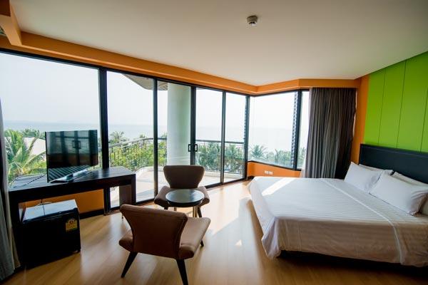 โรงแรมเดอะเซส บางแสน (The Sez Hotel Bangsaen)