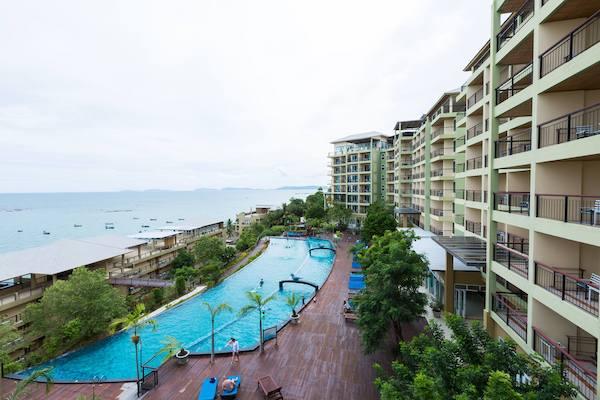 รอยัลพลา คลิฟฟ์ บีช รีสอร์ทแอนด์สปา (Royal Phala Cliff Beach Resort and Spa)