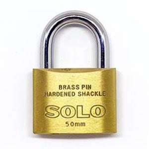 SOLO กุญแจโซโล กุญแจคล้องระบบสปริง รุ่น 84