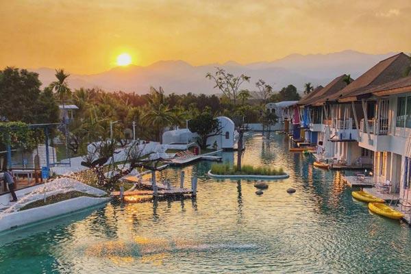 ดิ เอีย ปาย รีสอร์ท (The Oia Pai Resort)