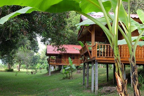 บุฮม แม่โขง ริเวอร์ไซด์ รีสอร์ต (Buhom Mekong Riverside Resort)