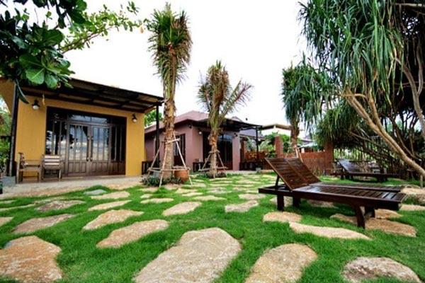 บ้านตุ่ม วิลเลจ แอนด์ รีสอร์ท (Baantoom Village and Resort)