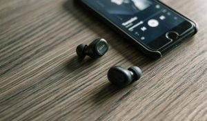 รีวิว หูฟัง True Wireless ราคาไม่เกิน 4,000 รุ่นไหนดี ปี 2020