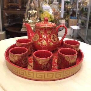 ชุดน้ำชาจีน แก้วชา 5 ใบ จานรอง และกาน้ำชา สีแดงสด