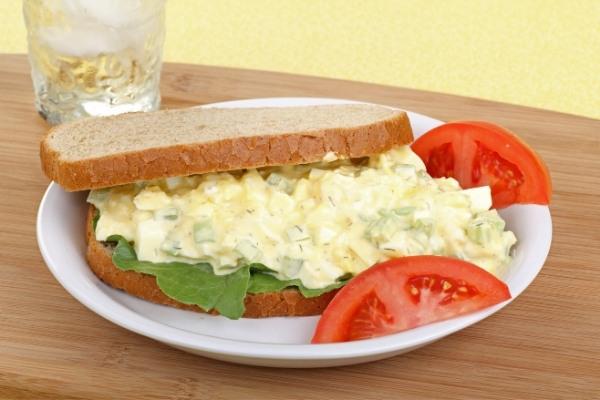 แซนด์วิชสลัดไข่
