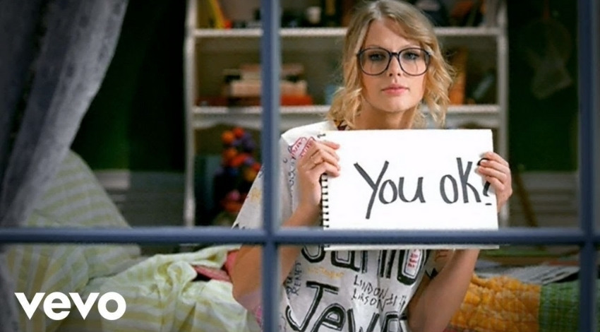 You Belong With Me - Taylor Swift