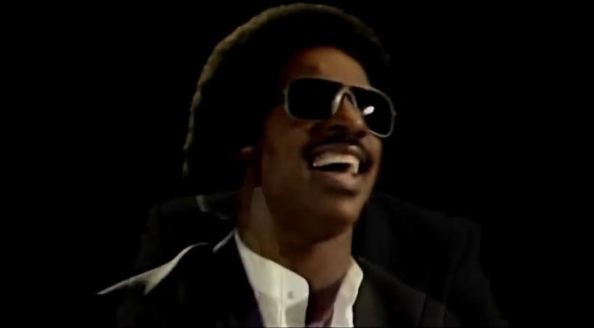 Ebony and Ivory - Paul McCartney with Stevie Wonder