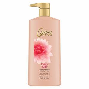 Caress Daily Silk Body Wash ครีมอาบน้ำบำรุงผิวกาย