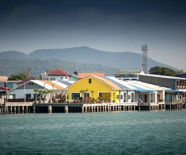 บ้านต๊ะ ออน เดอะ ซี (Baan Tah On The Sea)