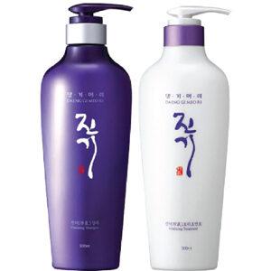 แชมพูสมุนไพรเกาหลีและทรีตเมนต์ Daeng Gi Meo Ri Vitalizing